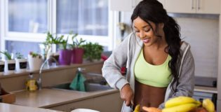 Dlaczego warto gotować w domu ?